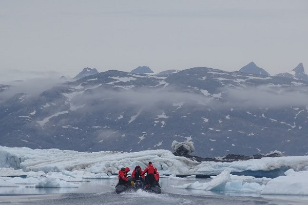 Zodiac cruise in East Greenland