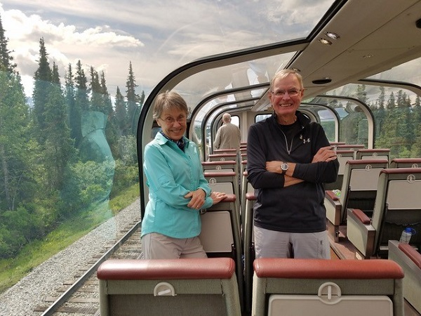 Dome train car Denali