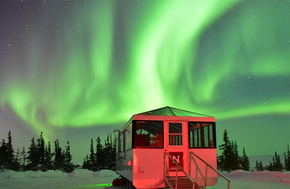 Northern lights over the aurora pod in Churchill.