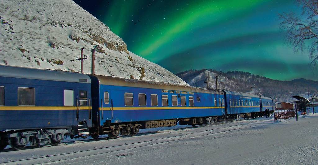 The Golden Eagle offers first-class accommodations and is equipped with state-of-the-art amenities. Onlookers will be entranced as the northern lights glimmer overhead.